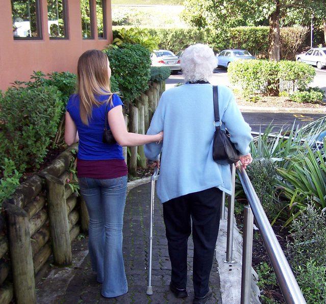 Hulp aan ouderen